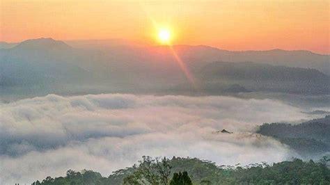 tempat wisata terdekat  negeri  atas awan gunung