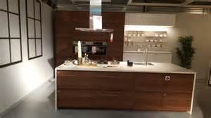 kitchen islands with sink and seating keuken metod voxtorp ikea store duiven keukens