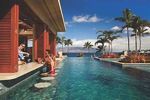 Hawaiian island honeymoon destinations maui kauai for Best hawaii island for honeymoon