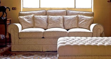 Classic Sofa, For Luxury Living Rooms