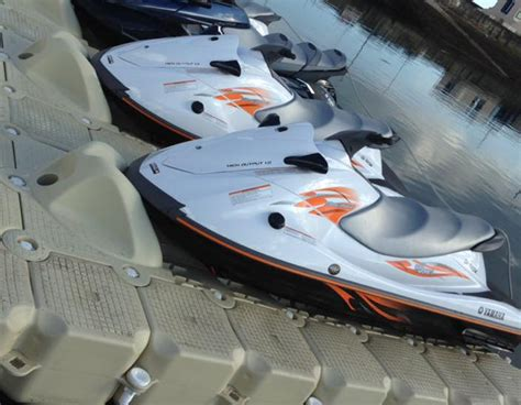 Pedana Galleggiante by Pontons Flottants Adapt 233 S Aux Jet Ski Dock Marine Europe