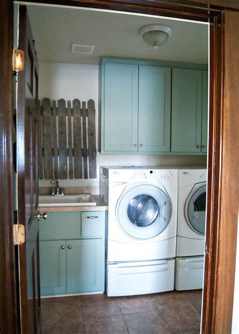 yard sale find  prompted  laundry room makeover   averie lane