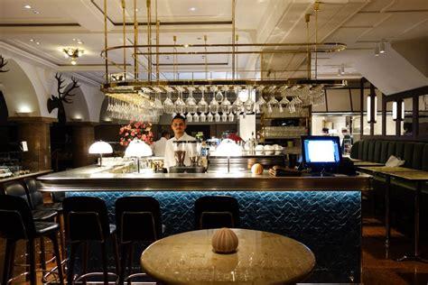 dallmayr bar und grill chagner cocktail austern ein abend im dallmayr bar grill mit vergn 252 m 252 nchen