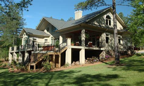 lakefront exterior design modern lakefront homes lakefront home designs treesranchcom