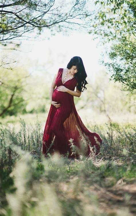 beautiful outdoor maternity