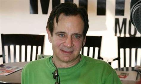 Παράλληλα, ο αλέξανδρος αντωνόπουλος παραδέχθηκε πως στην περίοδο της καραντίνας έγινε λάτρης των ξένων σειρών μέσα από την δημοφιλή πλατφόρμα του netflix. Αλέξανδρος Αντωνόπουλος: «Πάντα ήμουν γεροντοκόρος»   Gossip-tv.gr
