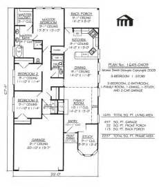 narrow bathroom floor plans 1645 0409 square narrow lot house plan
