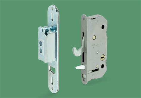 82 037 andersen reachout deadlock assembly 2 panel