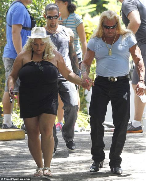 dog the bounty hunter and his wife beth chapman crash the