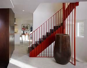Rambarde Escalier Colore Comme Accent De Dcoration