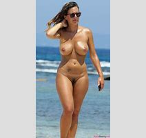 Busty Mom Nude At The Beach Aged Beauty