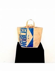 Sac En Papier Deco : sac en papier bangkok bleu mod le de ville ou d coration ~ Teatrodelosmanantiales.com Idées de Décoration