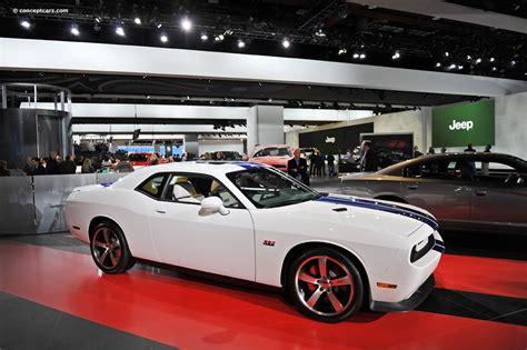 2011 Dodge Challenger Srt8 392 Inaugural Edition Images