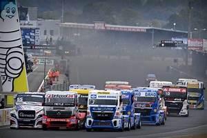 Resultat 24 Heures Du Mans 2016 : le mans 24 heures camions suivez la 2e journ e en direct vid o le maine libre ~ Maxctalentgroup.com Avis de Voitures