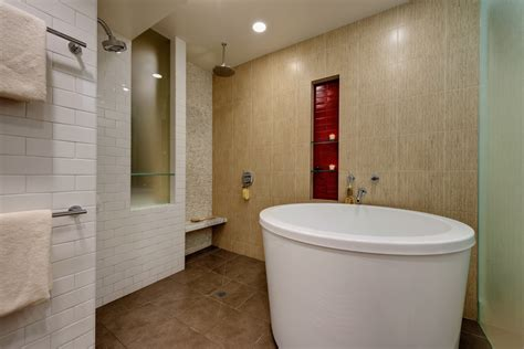 Japanese Soaking Tubs For Small Bathrooms by Japanese Soaking Tubs For Small Bathrooms Landscape