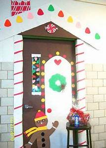 ideas to decorate school hallway for christmas