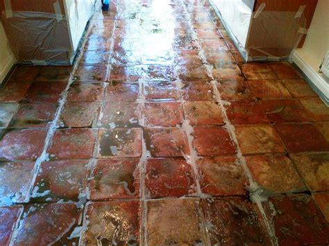 terracotta kitchen tiles terracotta tiles cleaning polishing tips lentine 2699