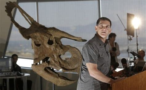 Dinosaur with unusually large nose discovered in Utah
