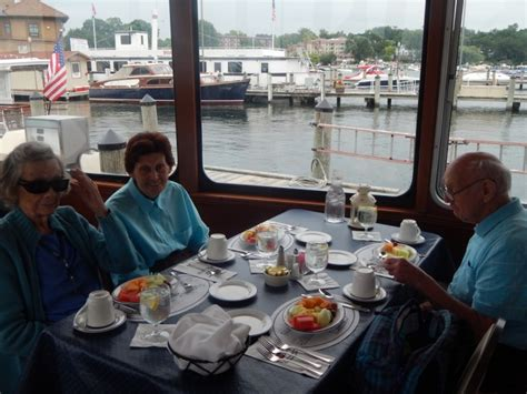 Lake Geneva Il Boat Tours by Boat Tour And Lunch On Lake Geneva The Fountains At