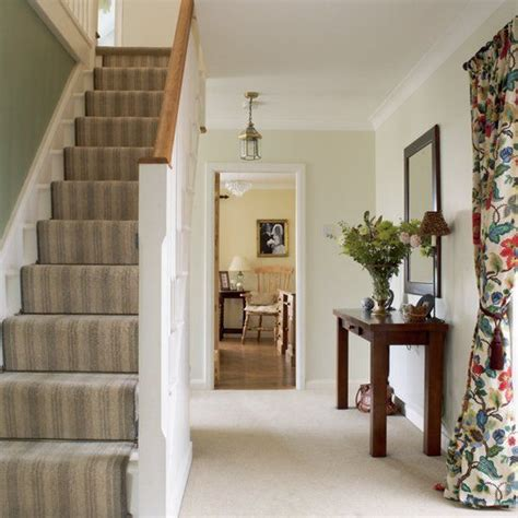 Home Hallway Design Ideas by Hallway Stairs Decorating Ideas Creative Stairs