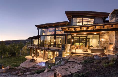 Sophisticated Yet Comfortable Mountain Modern Home Offers