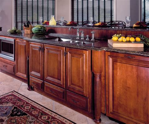Wellborn Forest Cabinet Specifications by Wellborn Forest On Showroom Kitchen Cabinets