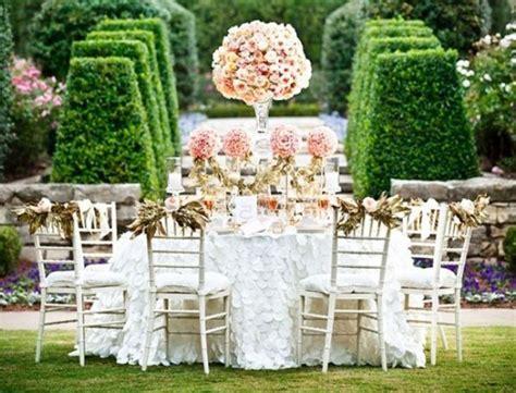 Inexpensive Backyard Wedding by Best 25 Cheap Backyard Wedding Ideas On