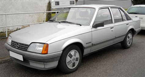 Opel Rekord by 1982 Opel Rekord Photos Informations Articles
