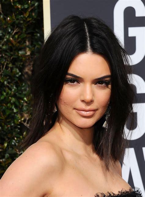 Kendall Jenner – Golden Globe Awards 2018 • CelebMafia