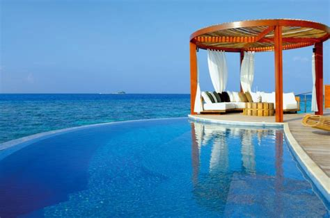 The Dazzling W Retreat And Spa Maldives by W Retreat Spa Maldives