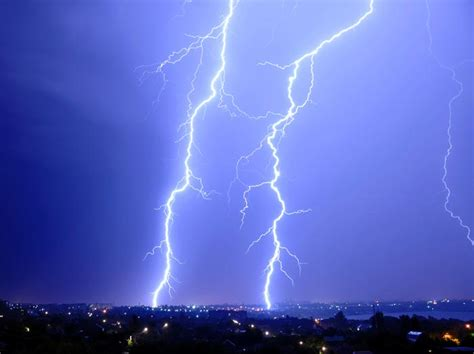 japanese team sees gamma ray pulse before lightning flash physicsworld com