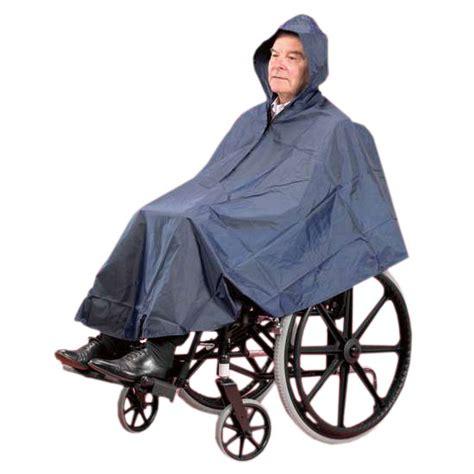 cape pour fauteuil roulant cape imperm 233 able pour fauteuil roulant sofamed