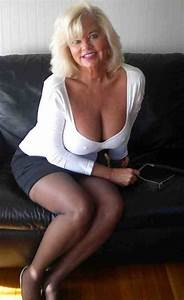 Blonde matures over 40