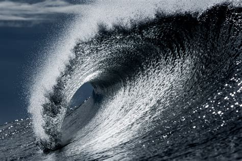 biggest wave  recorded measured  feet