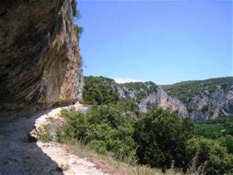 Lade Solarium by Vallon Pont D Arc Et Grotte Chauvet Ardeche Balades