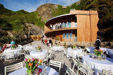 quirky uk wedding venues    mini glass