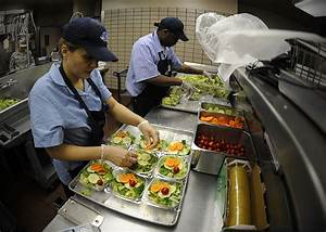 Foodservice workers should be vaccinated against Hepatitis ...
