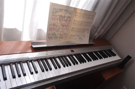 Yamaha Digital Piano P-155 (2010).jpg