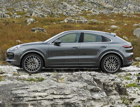 porsche cayenne coupe  cayenne differences compared