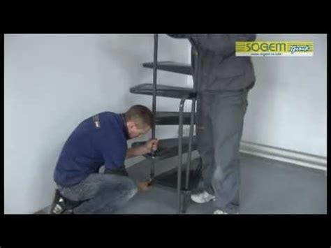 montage d un escalier h 233 lico 239 dal en m 233 tal appollo sogem