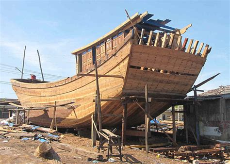 Wood Boat Hull Design by The Traditional Boat Building Material That Was And Is