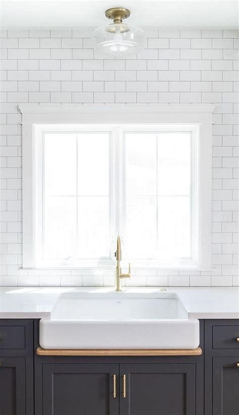 best grout for kitchen backsplash best 25 subway tile backsplash ideas on white