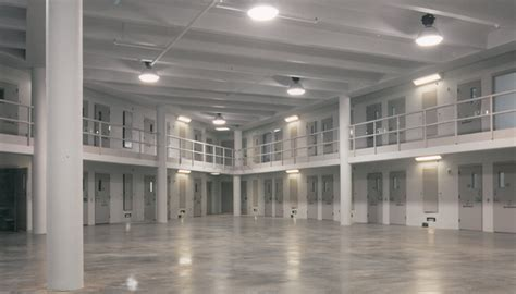 location bureau la defense u s penitentiary caddell construction