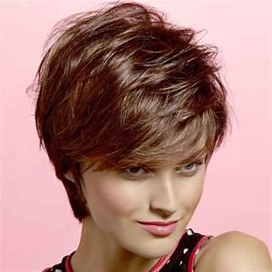 Coupe Courte Visage Ovale : coiffure femme cheveux courts visage long ~ Melissatoandfro.com Idées de Décoration