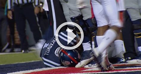 video laquon treadwell suffers ugly injury  incredible
