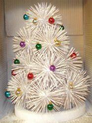 holiday     toothpick christmas tree curbly