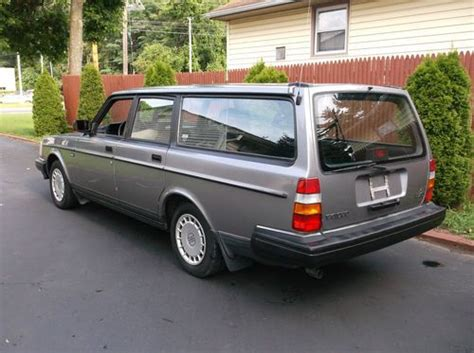 sell used 1993 volvo 240 dl automatic station wagon mint condition privet sale in