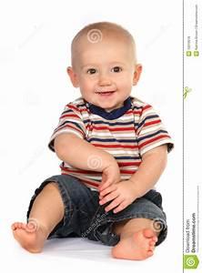 Baby Und Kleinkind In Einem Zimmer : nettes baby kleinkind sitzen und holding hand lizenzfreie stockfotos bild 10019518 ~ Bigdaddyawards.com Haus und Dekorationen