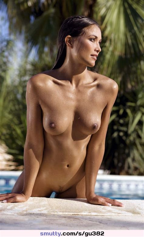 Nude Native American Woman
