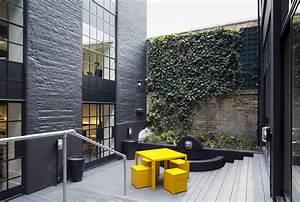black white building ec2 rivington st e architect